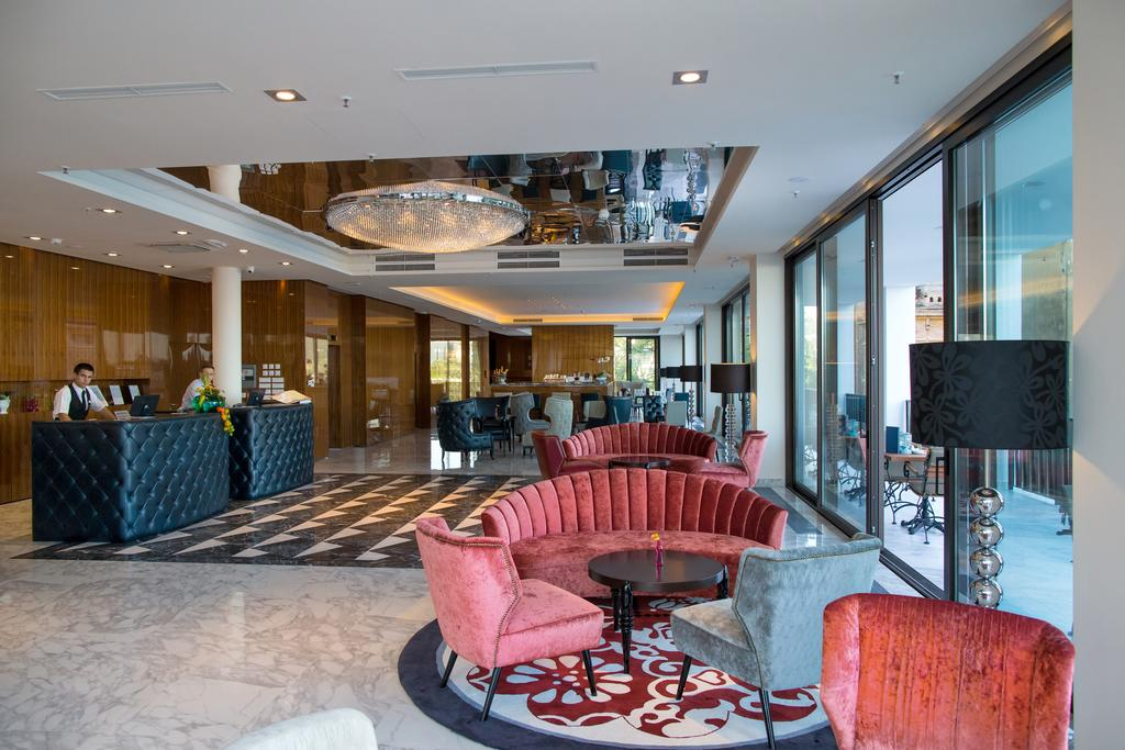AMADRIA-PARK-HOTEL-ROYAL-DEUS-TRAVEL-11