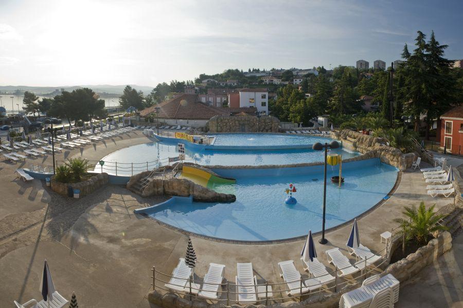Aquapark Zusterna-zunaj