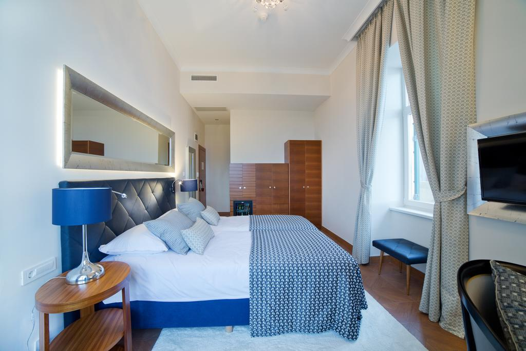 GRAND-HOTEL-4-OPATIJSKA-CVIJETA-HRVATSKA-DEUS-TRAVEL-14