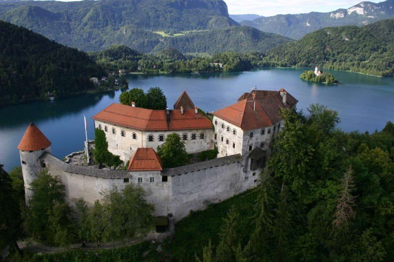 ASTORIA-BLED-DEUS-TRAVEL-11