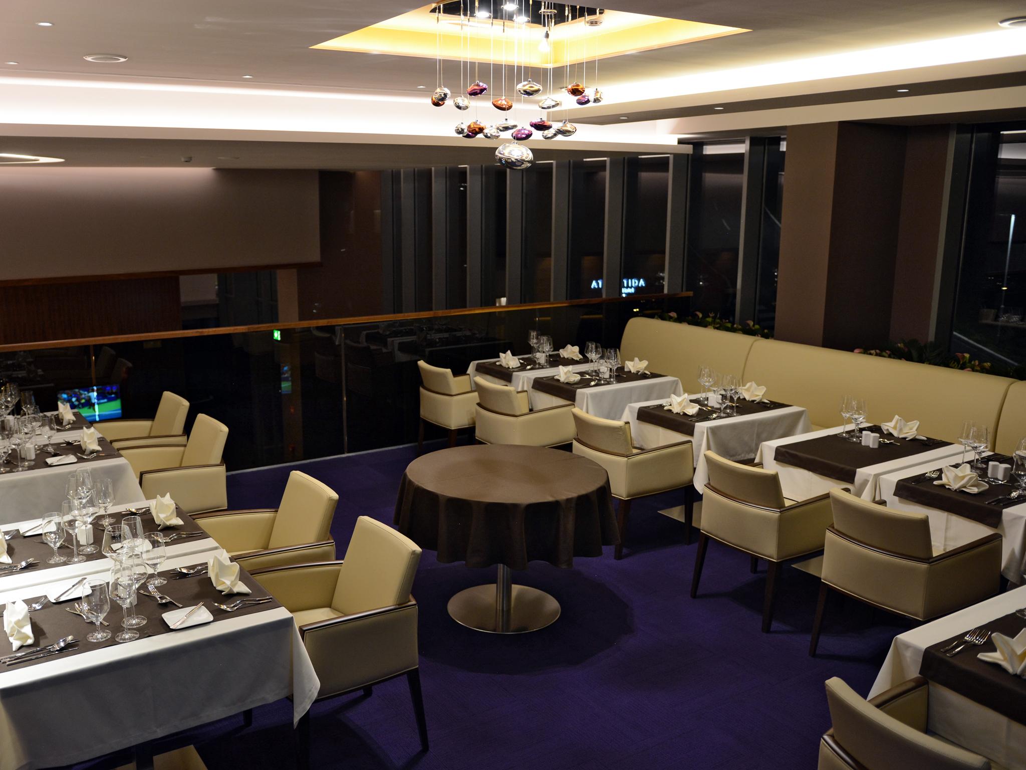 hotel atlantida deus travel 1