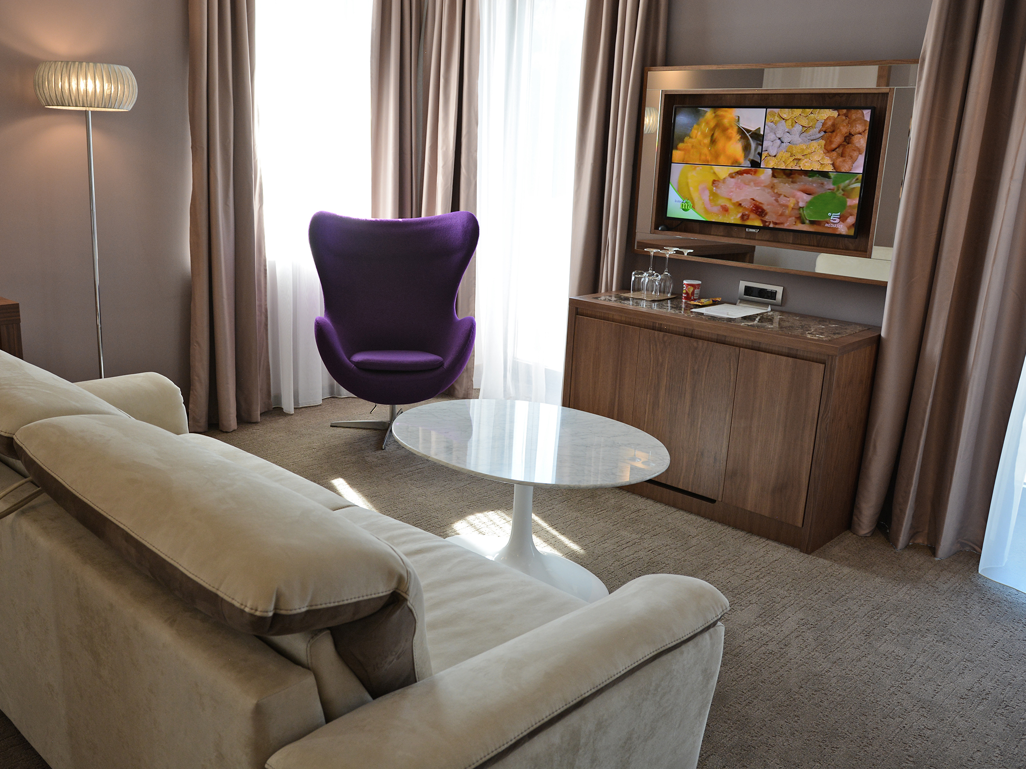 hotel atlantida deus travel 21