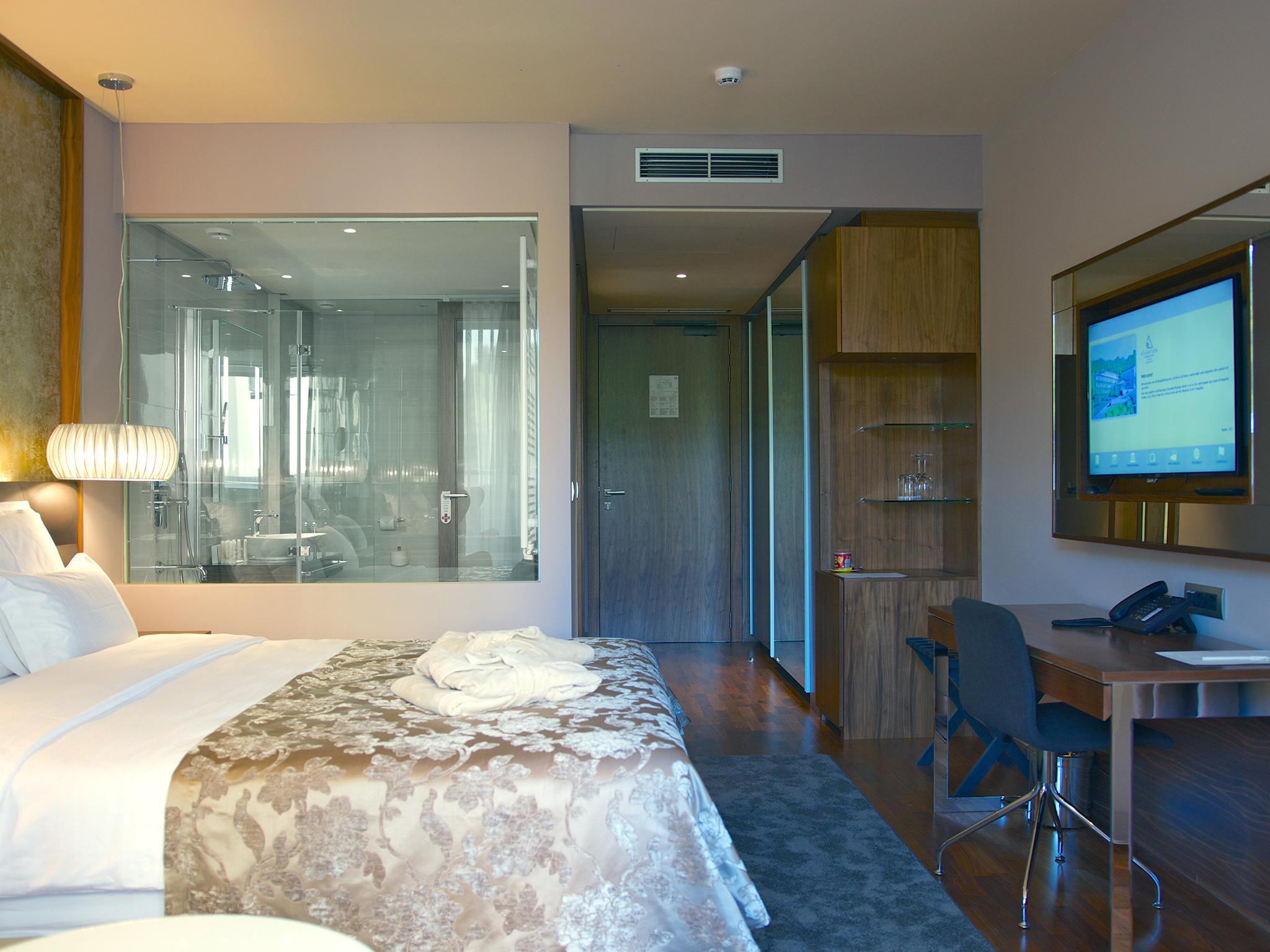 hotel atlantida deus travel 23