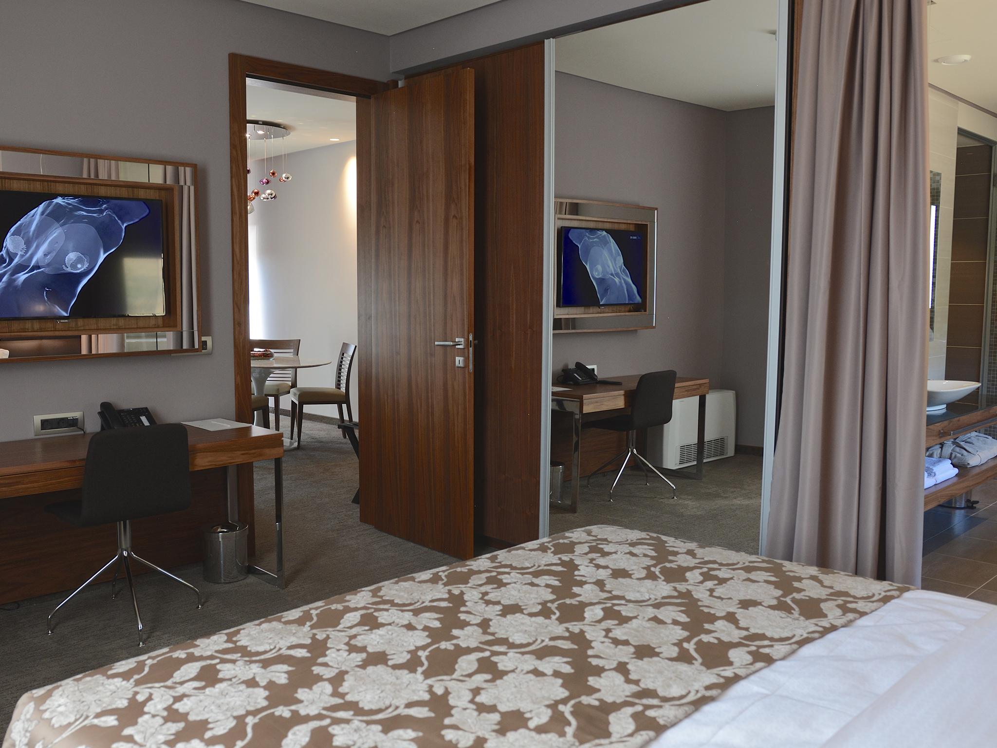 hotel atlantida deus travel 25