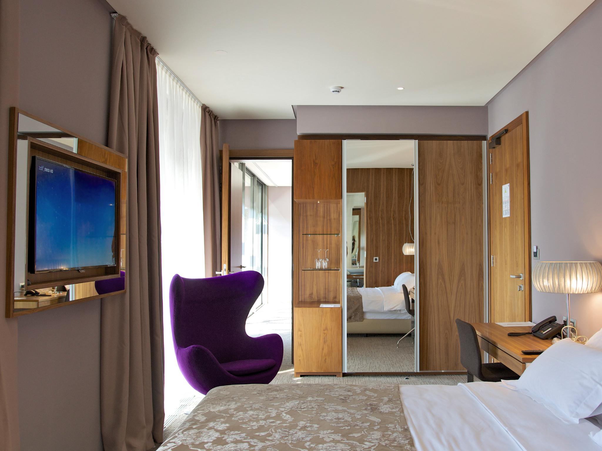 hotel atlantida deus travel 28