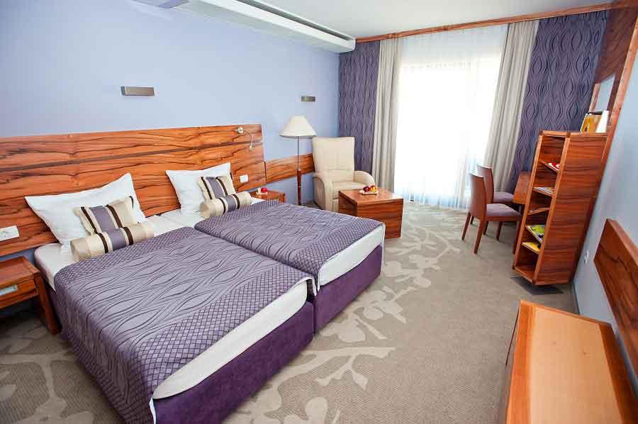 hotel atrij deus travel 14