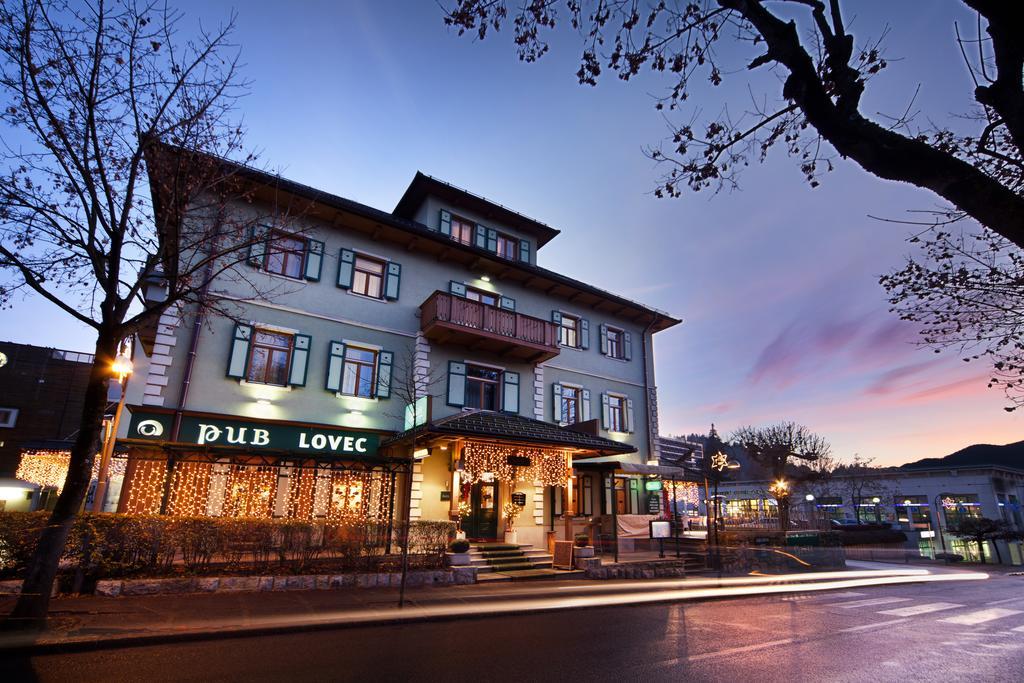 HOTEL-BEST-WESTERN-PREMIER-LOVEC-21