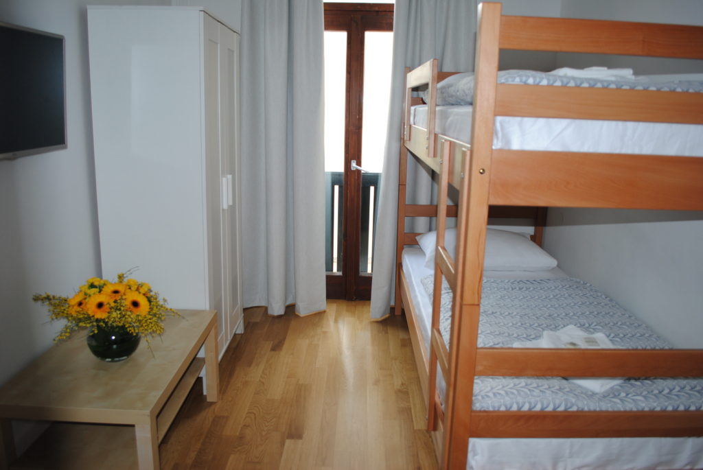HOTEL-DVOREC-TOLMIN-1