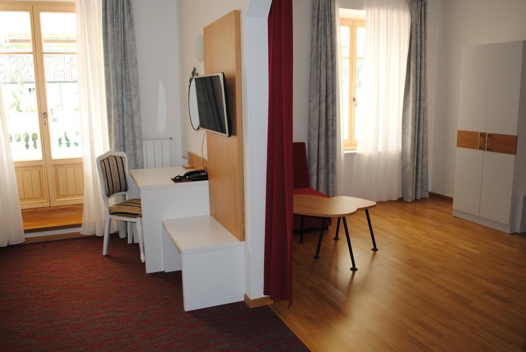 HOTEL-DVOREC-TOLMIN-10