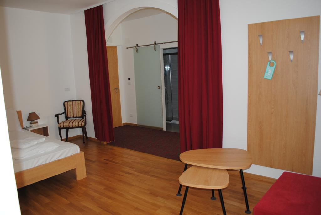 HOTEL-DVOREC-TOLMIN-12