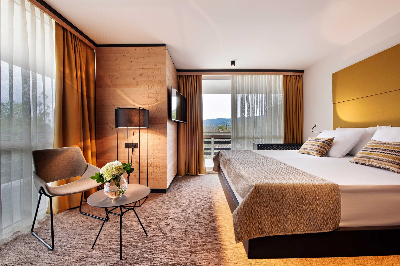 HotelGolf_TwoBedroomFamilySuite_01_052017_DD