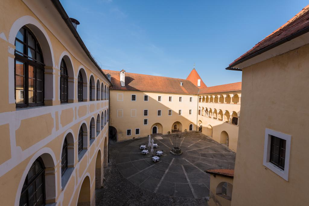 HOTEL-GOLF-GRAD-MOKRICE-TERME-CATEZ-SLOVENIJA-DEUS-TRAVEL-27
