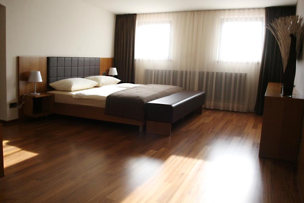 HOTEL-HVALA-KOBARID-3