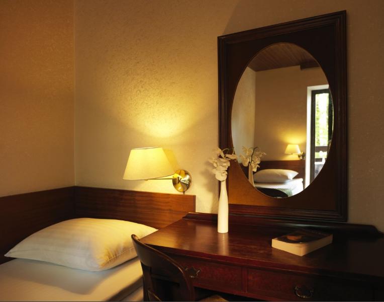 hotel-jadran-bled-dvokrevetna-sa-odvojenim-lezajima-1