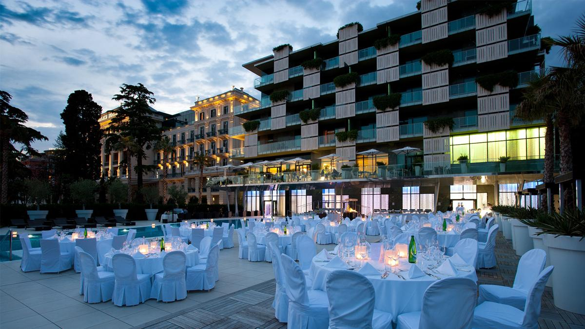 kempinski-palace-portoroz-dinner-by-the-pool