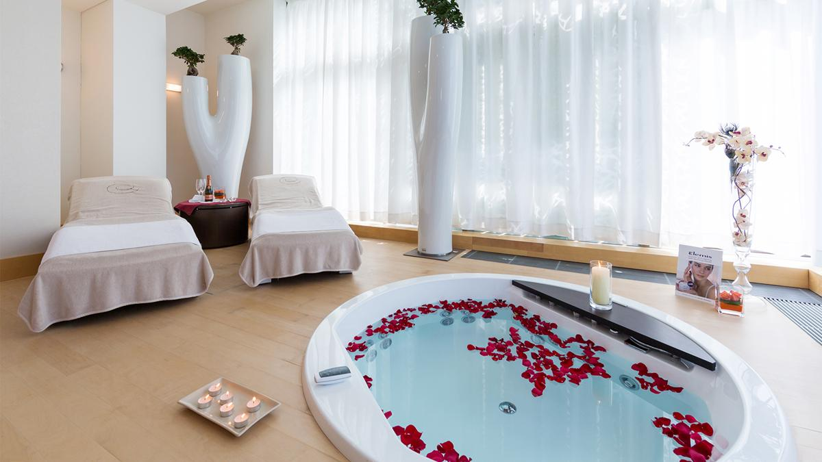 kempinski-palace-portoroz-rose-spa-treatment-room-rosa-alba