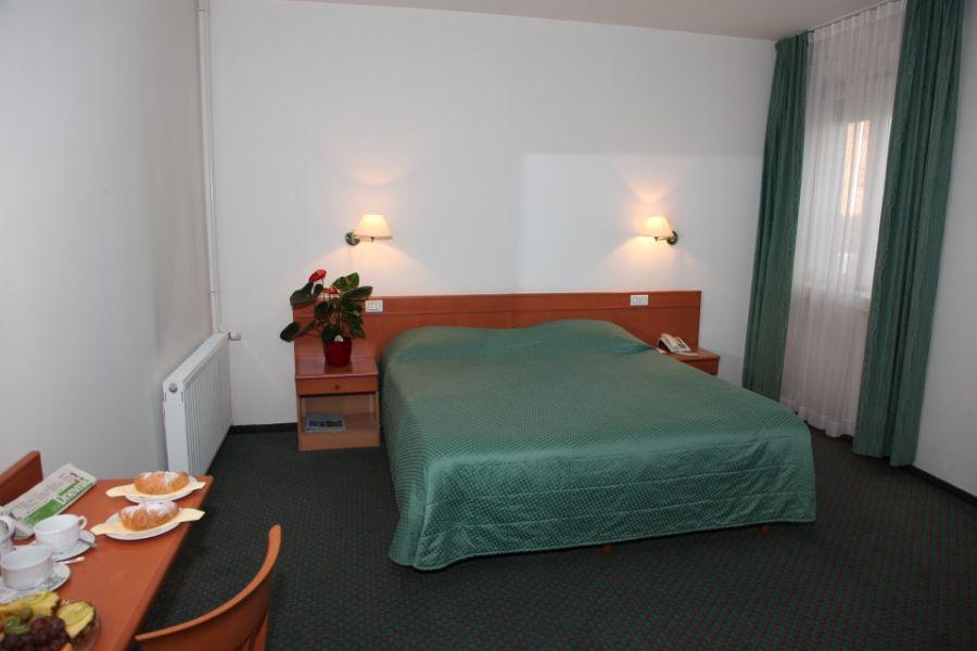 hotel_koper_dvoposteljna_na_morje