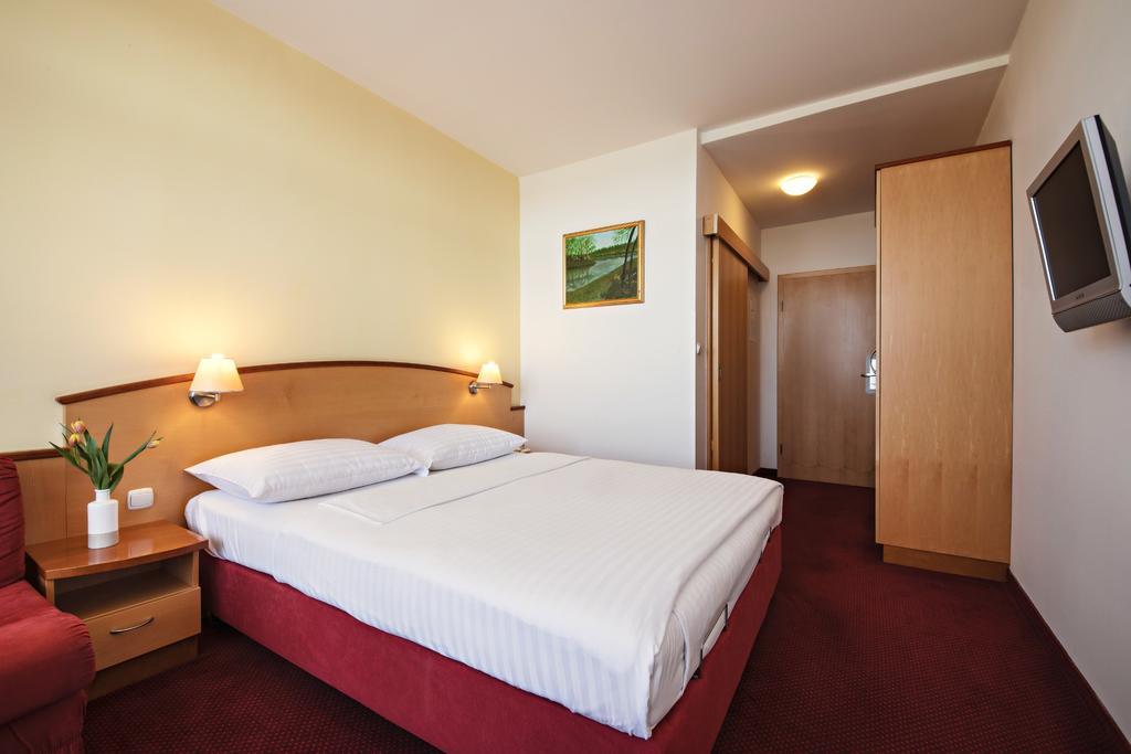 HOTEL-LIPA-TERME-LENDAVA-SLOVENIJA-DEUS-TRAVEL-14