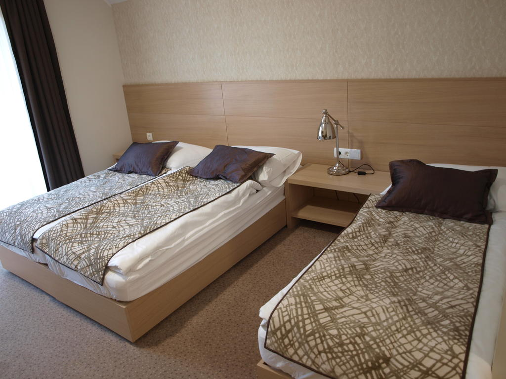 HOTEL-MANGART-BOVEC-SLOVENIJA-TERME-18