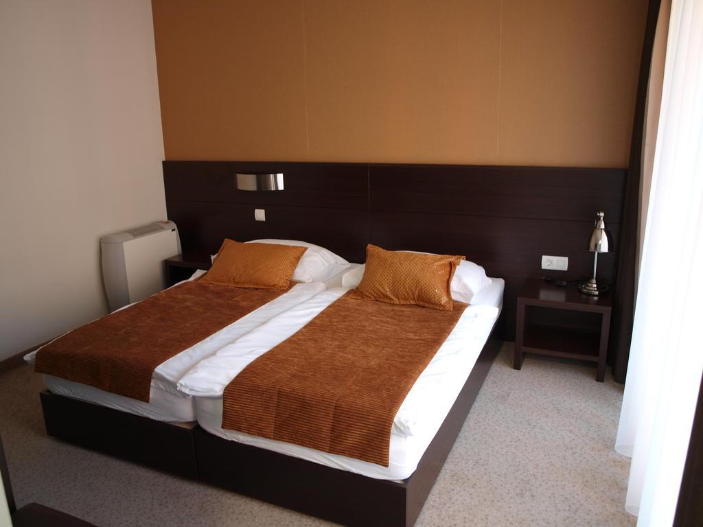 HOTEL-MANGART-BOVEC-SLOVENIJA-TERME-19