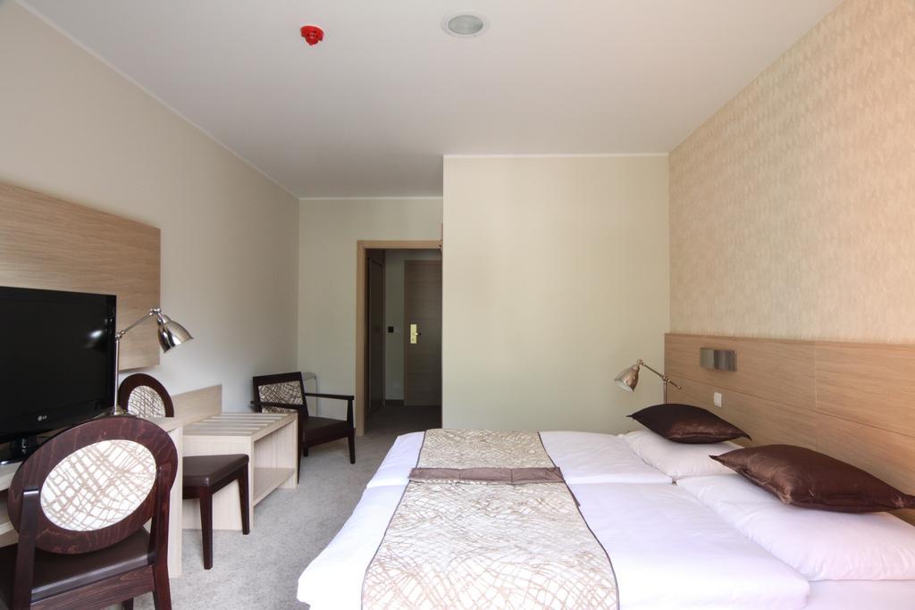 HOTEL-MANGART-BOVEC-SLOVENIJA-TERME-5