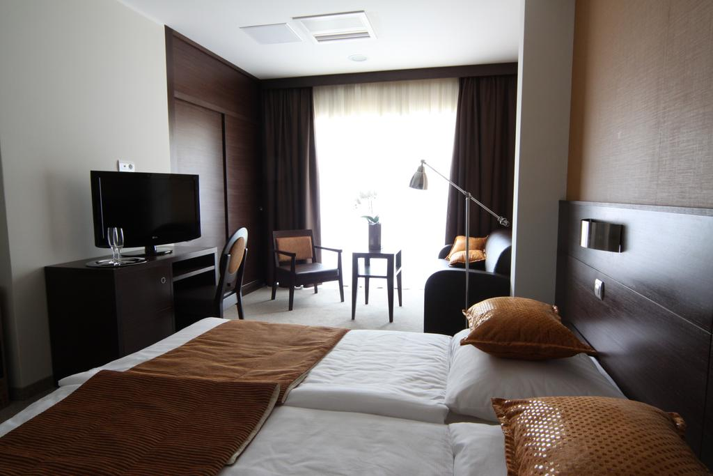 HOTEL-MANGART-BOVEC-SLOVENIJA-TERME-7