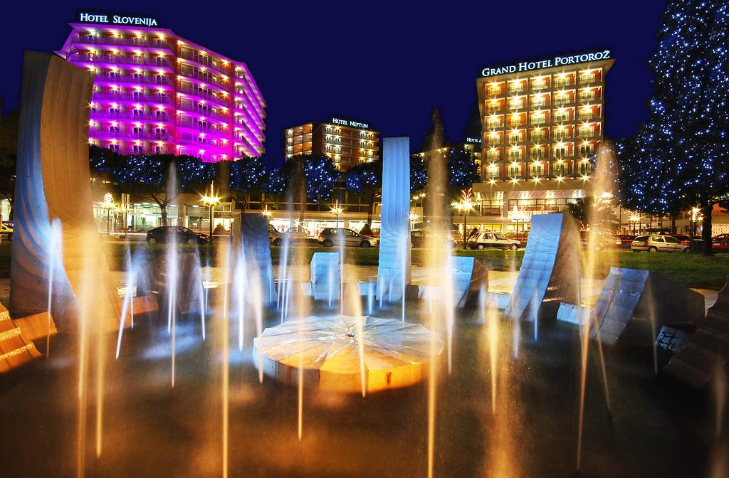 HOTEL-RIVIERA-LIFECLASS-PORTOROZ-SLOVENIJA-DEUS-TRAVEL-1