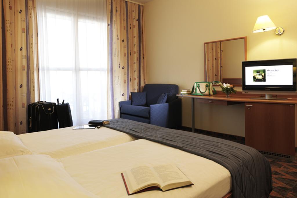 HOTEL-RIVIERA-LIFECLASS-PORTOROZ-SLOVENIJA-DEUS-TRAVEL-2
