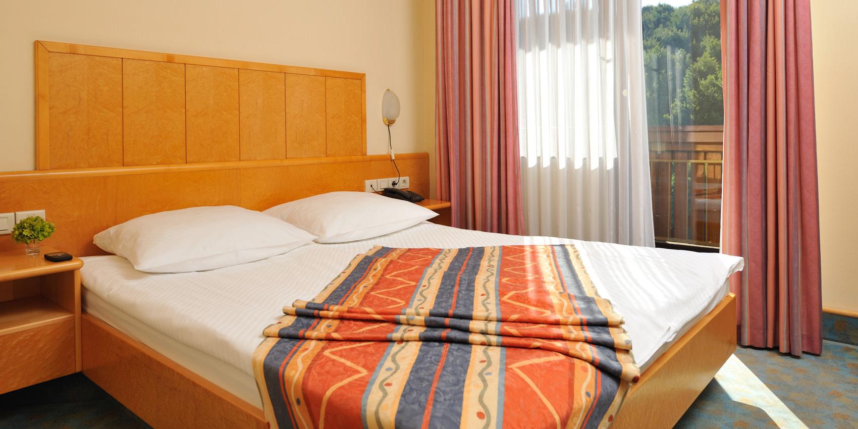 HotelToplice-soba1