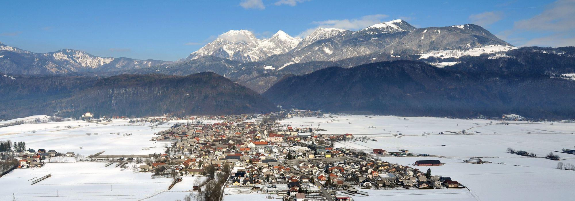 Zimska-panorama-Cerklje