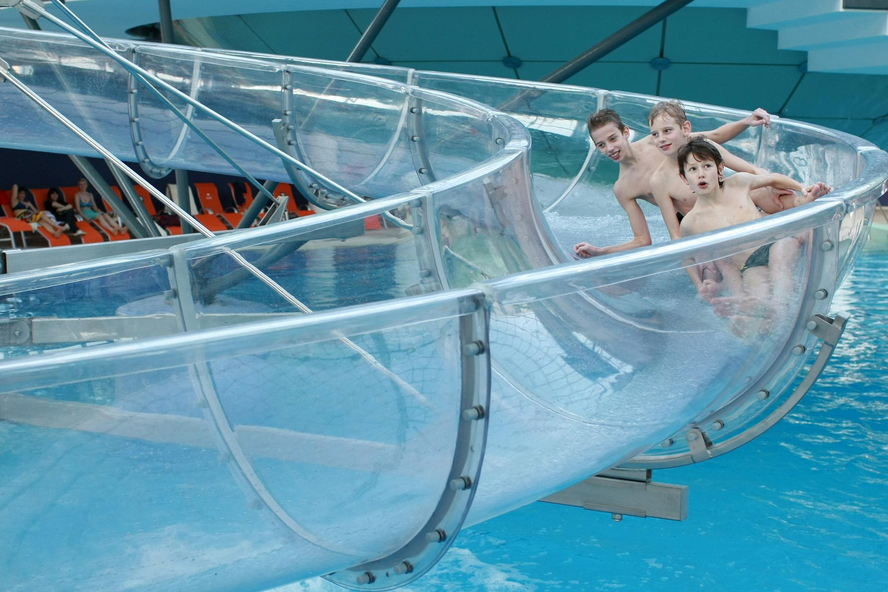 Aquapark - indoor slide